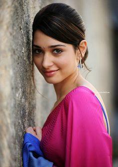 South Tamil and Telugu Movie Actress Tamanna Bhatia in Colorful Saree Blouse (8) at Actress Tamanna Bhatia in Saree  #TamannaBhatia