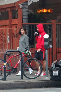November 1: [More] Justin and Selena Gomez going out for breakfast in Los Angeles, CA.