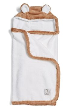 Free shipping and returns on Little Giraffe Luxe Hooded Towel (Baby) at Nordstrom.com. Faux-fur trim edges a soft, absorbent towel made with an adorable hood.