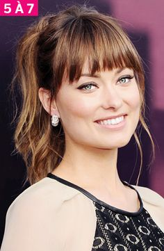 Olivia Wilde square face bangs Find the best fringe for your face with these tips and celeb examples! Hairstyles With Bangs, Pretty Hairstyles, Bangs With Ponytail, Bangs Long Hair, Full Fringe Hairstyles, Messy Bangs, Choppy Bangs, Full Bangs, Hairstyles Men