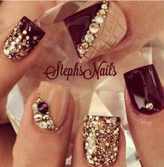 Opting for bright colours or intricate nail art isn't a must anymore. This year, nude nail designs are becoming a trend. Here are some nude nail designs. Tan Nails, Cute Nails, Pretty Nails, Hair And Nails, Beautiful Nail Art, Gorgeous Nails, Thanksgiving Nails, Burgundy Nails, Nagel Gel