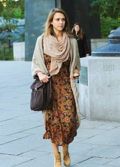Modest Jessica Alba Style