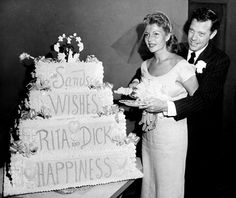 Rita Hayworth marries Dick Haymes ~ SHE WAS MARRIED A FEW TIMES ALSO LIKE LANA TURNER & LIZ TAYLOR ~