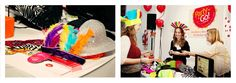Cotillon para bodas y casamientos.  http://www.casamientosonline.com/planea-tu-casamiento/1/buenos-aires/guia-de-servicios/29/cotillon/1