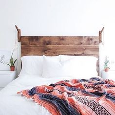Sister Golden | Juliaca Manta Pillow –Add a pop of color to your space with this special Peruvian vintage heirloom piece! 100% natural wool and organic dye, these hand-woven mantas showcase a rainbo