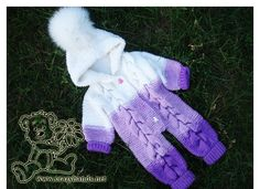 Bear Baby Knit Romper Pattern Check out my pattern of baby knit romper that was made in a gradient of puple and white yarn, has cool hood, and a fluffy fur pom. I promise you will love it. Baby Romper Pattern Free, Baby Cardigan Knitting Pattern Free, Baby Boy Knitting Patterns, Baby Patterns, Free Knitting, Onesie Pattern, Free Pattern, Start Knitting, Knitted Baby Outfits