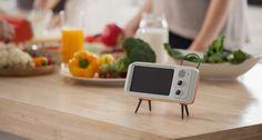Retroduck designed by BKID #wisekids #iphone #smartphone #cradle #TV #kidult #BKID #BKIDSTUDIO #송봉규 #bongkyusong