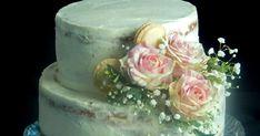Kedves kolléganőm esküvőjére késztettem ezt a tortát. Szűk családi esküvője volt és ezért 28 szeletes tortát találtam ki neki. A tortában v...
