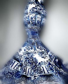 """""""China: Through the Looking Glass,"""" the Exhibit That Inspired the Met Gala"""