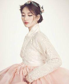 Suzy hanbok