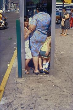 During the early 1940's Helen Levitt made many photographs on the streets of New York - this is one of them!