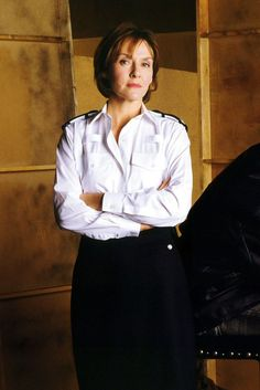 See the source image British Actresses, Actors & Actresses, Fiona Fullerton, Amanda Burton, Emilia Fox, Vanity Fair Magazine, Look Alike, Woman Crush, Sexy Legs