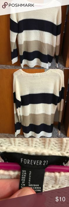 Forever 21 ❄️ Sweater Weather is here ❄️ Forever 21 warm cozy striped sweater. Sweater weather for s here. ❄️Perfect time to pick up this super warm cozy sweater ❄️ Only worn 2-3 times in excellent condition.  Size is small but fits like a medium/large.  Has an oversized fit. Great for layering. 💜 Forever 21 Sweaters Crew & Scoop Necks