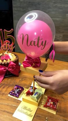 K Crafts, Creative Crafts, Crafts For Kids, Candy Bouquet, Balloon Bouquet, Birthday Balloon Decorations, Volunteer Gifts, Balloon Gift, Bff Gifts