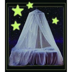 This glow in the dark enchanting white canopy for kids by Mombasa has twinkling stars that add a touch of whimsy to the bedroom of your child. Its glowing canopy design takes the place of a nightlight, saving you electricity in the process.