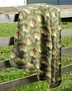 Fan Arches Afghan - free crochet pattern from Lion Brand.  Great pattern but needs COLOUR.