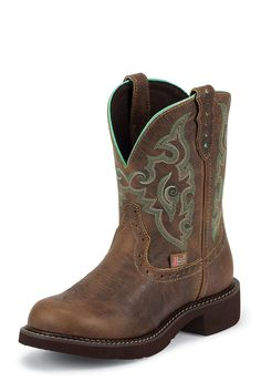 Cowgirl Boots | Round Toe Cowgirl Boots. I almost got these today but they didn't have my size! But someday!