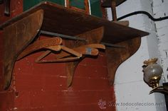 Perchero antiguo, vendido por 40 € (originalmente 150 €)