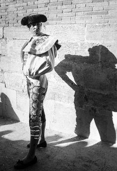 Spanish bullfighter, fighting in Valencia bullring. Miguel Ángel Perera. #bulls #spain #bullfighter #valencia 📸 Simón Casas Productions