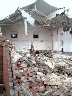 The end for the old Boundary Road Baths - #disappearingtown