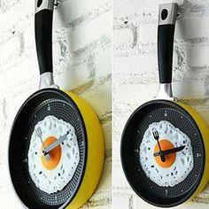 Kitchen fried egg wall clock
