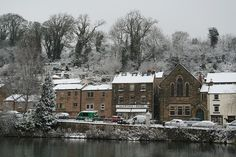 Scarthin Books in Cromford, England. Peak District, Derbyshire, England, Snow, Cabin, Explore, House Styles, Places, Bookstores