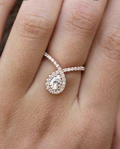 Pear cut diamond  0.7 carat, rose gold engagement ring, pear cut Diamond…