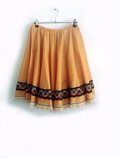 Falda años 50 amarilla. Falda vintage amarilla de campana. Falda de algodon y…