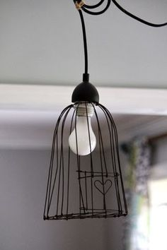 little heart bird cage pendant light; Pendant Lighting Bedroom, Kitchen Pendant Lighting, Kitchen Pendants, Industrial Lighting, Industrial Design, Diy Luminaire, Diy Lampe, Cage Pendant Light, Wire Pendant