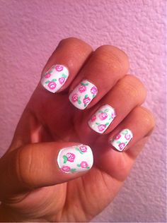 jadore-nails: Pink roses