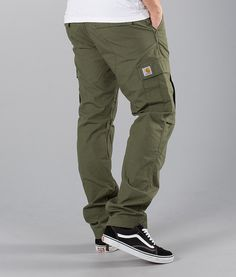 men outfits - Carhartt Aviation Pants Rover Green Rinsed Ridestore com Cargo Pants Outfit Men, Carhartt Cargo Pants, Khaki Cargo Pants, Outfit Man, Nike Air Force 1 Outfit, Tactical Clothing, Mens Flannel Shirt, Outdoor Apparel, Mens Style Guide