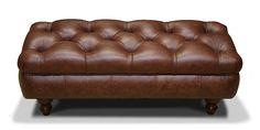 Пуфик в классическом стиле. Сиденье оформлено каретной стяжкой. Обивка полностью в итальянской коже. Декорирован буковыми точеными ножками, каркас из массива дерева хвойных пород и фанеры. Возможно изготовление по индивидуальным размерам.