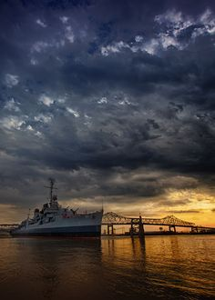 USS Kidd, Baton Rouge, Louisiana | Sunset Downtown Baton Rouge by Darrell Miller