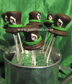 Alice in Wonderland Cake Pops - Mad Hatter Hats