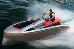 Avec le VQ 15, tender ou jet-ski, à vous de choisir