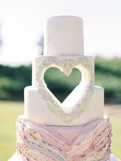 White Wedding Cakes, Elegant Wedding Cakes, Beautiful Wedding Cakes, Wedding Cake Designs, Wedding Cake Toppers, Beautiful Cakes, Amazing Cakes, Cake Wedding, Wedding Reception