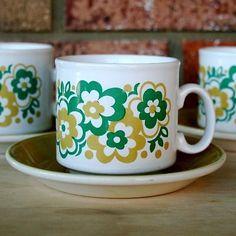 Staffordshire Potteries Ironstone England Cups Saucers 6 piece Retro Vintage Eme