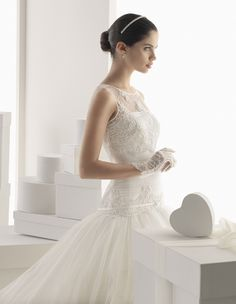 Rosa Clara Bridal: Dropped Waist Wedding Gown Fit for a Princess