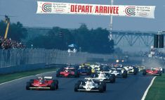 1979 Canadian Grand Prix Start - N°. 12: Gilles Villeneuve (CAN) (Scuderia Ferrari), Ferrari 312T4 - Ferrari Tipo 015 3.0 Flat-12 (finished 2nd), N°. 27: Alan Jones (AUS) (Albilad-Saudia Racing Team), Williams FW06 - Ford-Cosworth DFV 3.0 V8 (finished 1st), N°. 6: Nelson Piquet (BRA) (Parmalat Racing Team), Brabham BT49 - Ford-Cosworth DFV 3.0 V8 (RET), N°. 28: Clay Regazzoni (SUI) (Albilad-Saudia Racing Team), Williams FW07 - Ford-Cosworth DFV 3.0 V8 (finished 3rd), N°. 3 (behind Piqu...