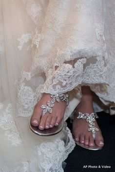 Who says you can't be comfy on your wedding day? Love the sparkle! #weddingsandals
