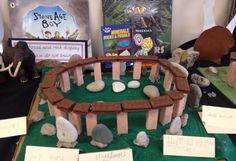 Biscuit Stonehenge ! Stone Age Ks2, Projects For Kids, Crafts For Kids, Early Humans, Night At The Museum, Creative Curriculum, Iron Age, Classroom Displays, Pre History