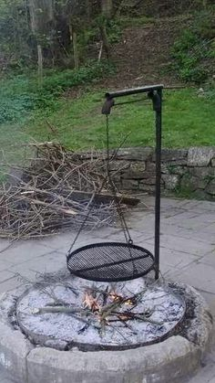 I like the curved ones better. Outdoor grill and fire pit - I like the curved ones better. Outdoor grill and fire pit I like the curved ones better. Outdoor grill and fire pit Fire Pit Cooking Grill, Fire Pit Grill, Diy Fire Pit, Fire Pit Backyard, Fire Pits, Backyard Bbq, Metal Fire Pit, Cooking On The Grill, Parrilla Exterior
