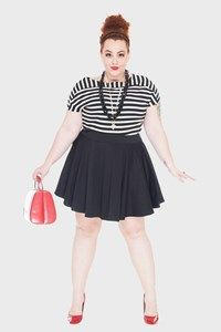 Striped T-shirt, skater skirt, red bad and shoes = plus size Chanel inspired look! Flaminga Plus Size Store Model + Styling : Babu Carreira @São Paulo, Brazil