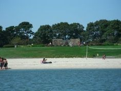 My Barnstable - Hyannis Beaches Guide has beach descriptions, directions, parking info and more.