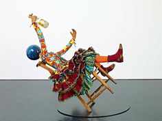 Champagne Kid (Leaning) par Yinka Shonibare