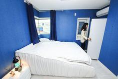 신혼부부 2년차인 엄태성(31·남)·곽근화(31·여)씨는 아침이면 각각 1층 서재와 3층 침실로 향한다. 남편 엄씨는 서재에서 공부 하고, 병원..