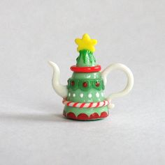 :: Crafty :: Clay ::☃ Christmas ☃:: Christmas Tree Teapot by artist C. Rohal