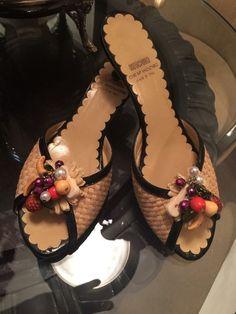 5bf48bc2c45f MOSCHINO Cheap and Chic CARMEN MIRANDA Basketweave Sandals Heels Mules SIZE  8