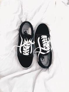 By Evelina Dahlström | vans old skool | shoes