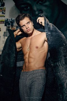 Image about hot in sebastian stan by madysen on we heart it Sebastian Stan Sin Camisa, Sebastian Stan Shirtless, Sebastian Stan Imagine, Fitness Before After, Bucky Barnes Aesthetic, Sebastin Stan, Avengers Imagines, Marvel Photo, Man Thing Marvel